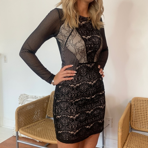 Topshop Dresses & Skirts - Top shop Lace Dress